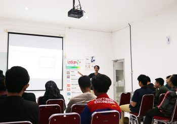 "Founder Session  ""Social Media Analitics on Market Research for Startup"""
